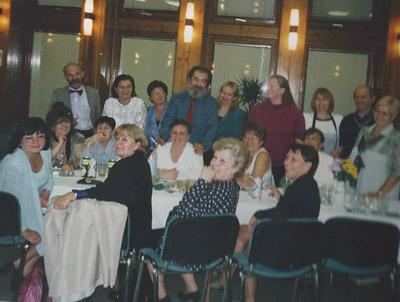 Apuska 2002 búcsúztató csoport 400