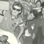 new P 4en könyvespolcnál 1983